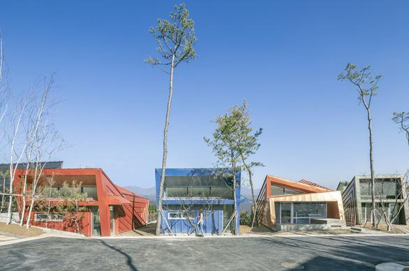 Kiến trúc lạ mắt của khu nhà ở đầy màu sắc tại Hàn Quốc - Ảnh 9.