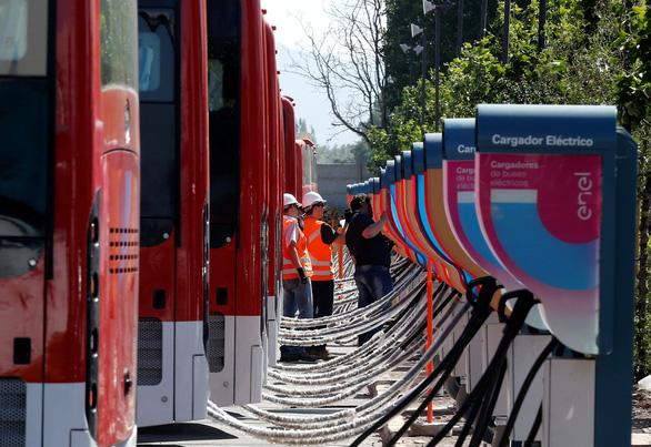 Xe buýt điện ở Trung Quốc nhiều gấp 1.400 lần của Mỹ - Ảnh 1.