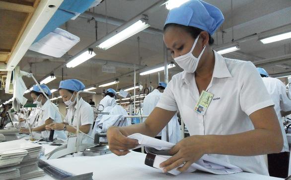 Thương chiến Mỹ - Trung: Việt Nam ít thiệt hại nhất trong ASEAN? - Ảnh 1.