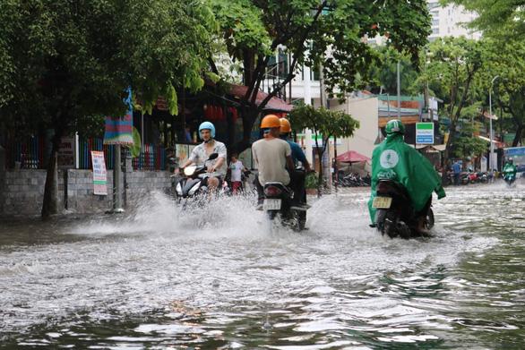 TP.HCM đảm bảo an toàn giao thông mùa mưa bão 2019 - Ảnh 1.