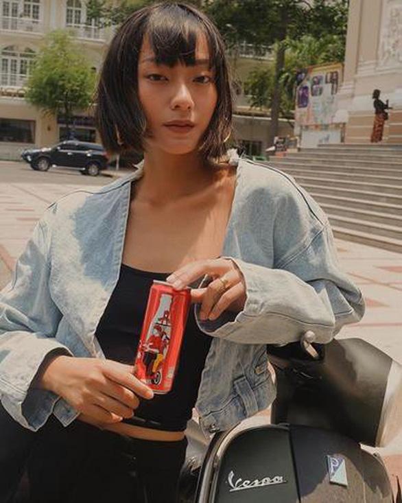 Coca - Cola đã khiến cộng đồng mạng dậy sóng với 6 chiếc lon đặc biệt - Ảnh 5.