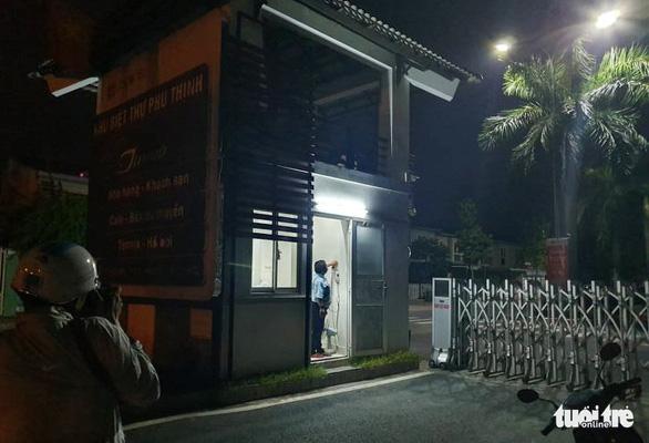 Tạm giữ ngay trong đêm 4 phụ nữ liên quan vụ xác chết trong bêtông - Ảnh 2.