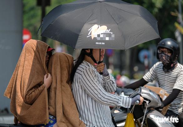 Hà Tĩnh 43,4 độ C, là nơi nắng nóng nhất lịch sử Việt Nam - Ảnh 2.