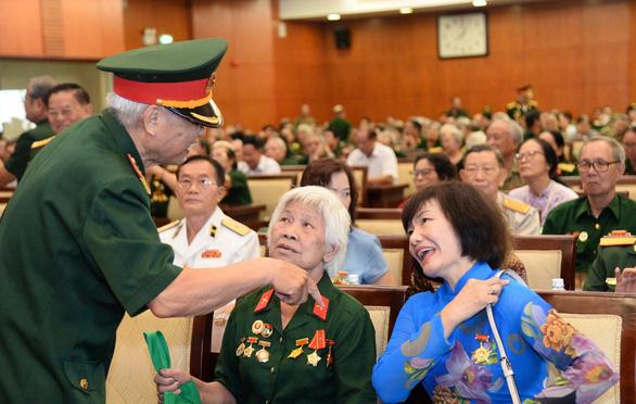Cuộc hội ngộ xúc động của gần 1.000 cựu binh bộ đội Trường Sơn - Ảnh 3.