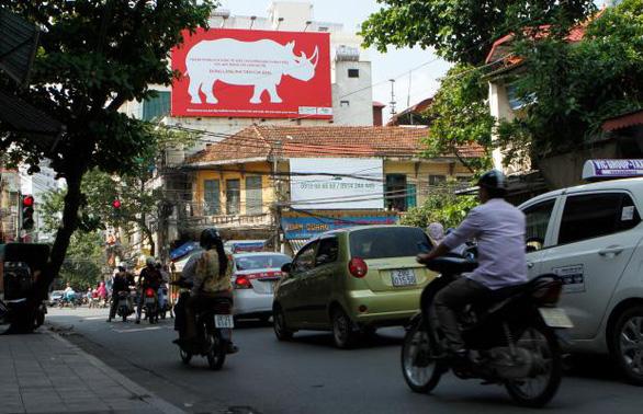 Đủ mọi chiến dịch, vì sao người Việt Nam vẫn mua sừng tê giác? - Ảnh 2.