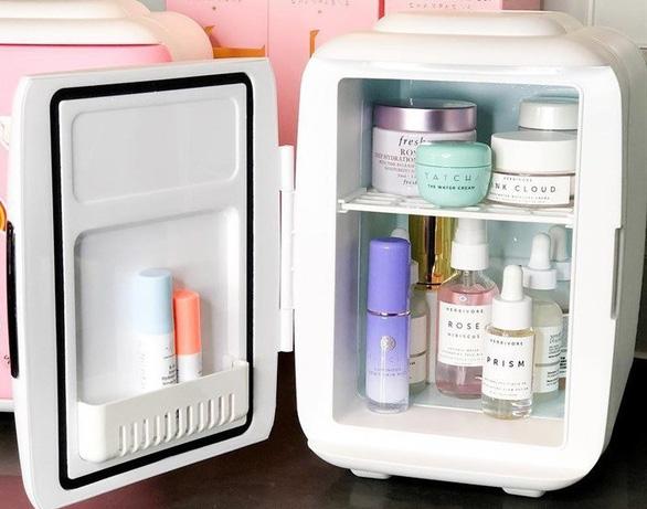 Có nên bảo quản mỹ phẩm trong  tủ lạnh? - Ảnh 3.