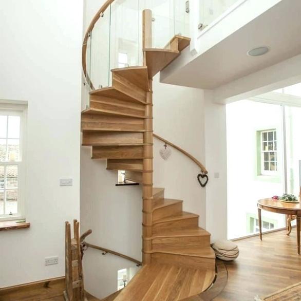 Có nên lát cầu thang bằng gỗ công nghiệp? - Ảnh 3.