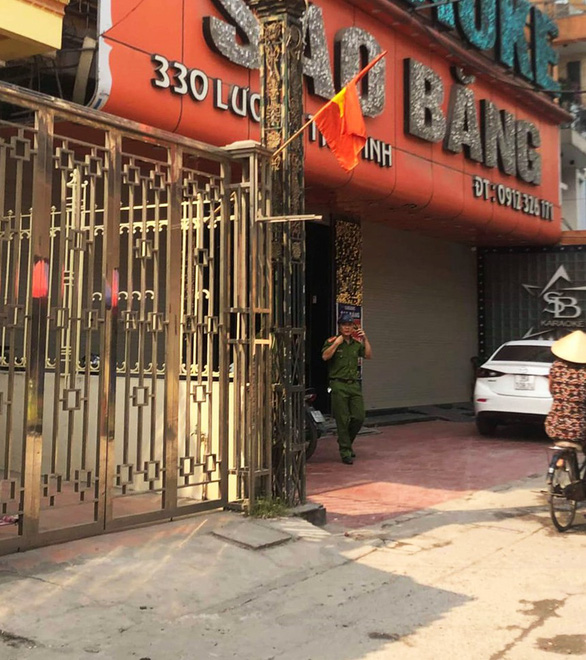 Nổ súng tại quán karaoke, một người bị bắn chết - Ảnh 1.
