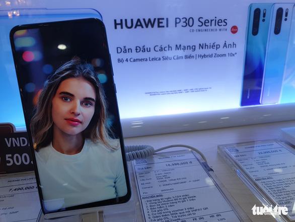 Điện thoại Huawei ở Việt Nam bị trả giá bèo bọt - Ảnh 2.