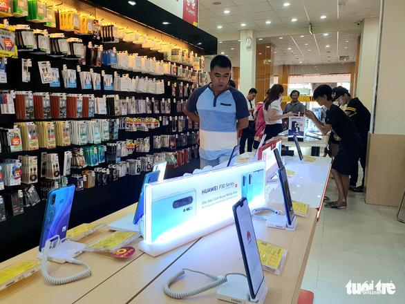 Điện thoại Huawei ở Việt Nam bị trả giá bèo bọt - Ảnh 3.