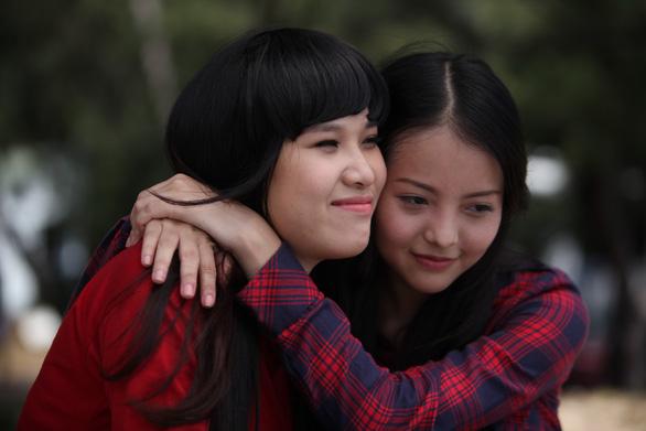 Nữ họa sĩ Đặng Ái Việt vào vai sư cô trong Sóng mồ côi - Ảnh 1.