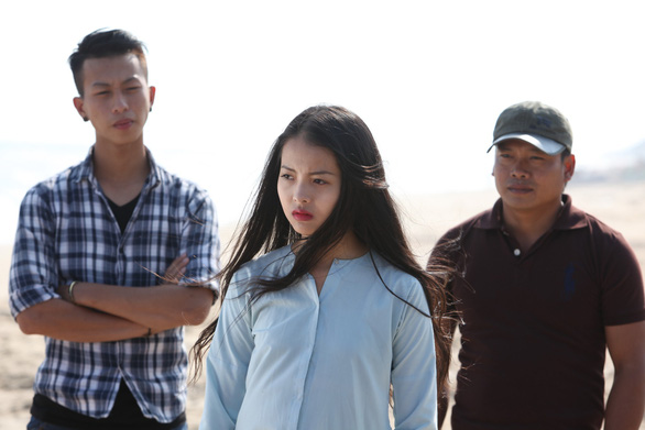 Nữ họa sĩ Đặng Ái Việt vào vai sư cô trong Sóng mồ côi - Ảnh 4.