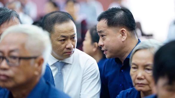Hoãn phiên tòa ở Hà Nội, Vũ Nhôm lại hầu tòa ngày 27-5 tại TP.HCM - Ảnh 1.