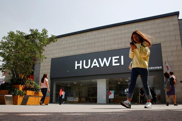 Huawei đã gây tội gì với Mỹ khiến ông Trump ra đòn chí mạng? - Ảnh 2.