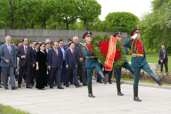 LB Nga tổ chức lễ đón chính thức Thủ tướng Nguyễn Xuân Phúc  - Ảnh 2.