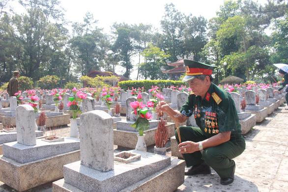 60 năm đường Trường Sơn - Kỳ 4: Nơi liệt sĩ nằm lại - Ảnh 4.