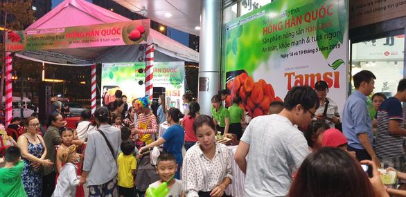 Sự kiện giới thiệu và dùng thử hồng Hàn Quốc - Ảnh 1.
