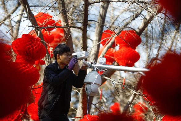 Sau Huawei, Mỹ tính trừng phạt tiếp Hikvision của Trung Quốc - Ảnh 1.
