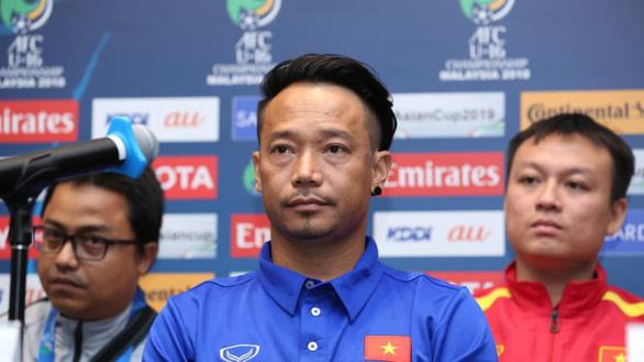 Cựu HLV trưởng đội tuyển Việt Nam bay ghế ở CLB Quảng Nam - Ảnh 1.