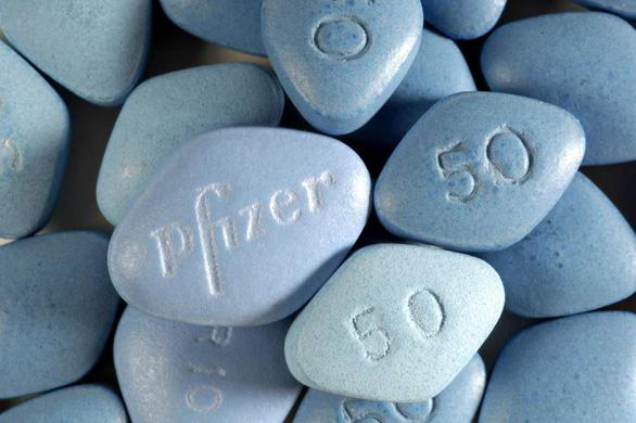 Thị trưởng Montereau quyết định phát Viagra miễn phí để dân làng đẻ nhiều - Ảnh 1.