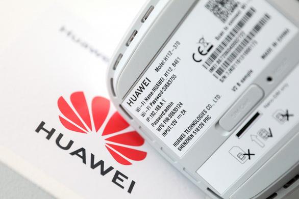 Panasonic bác tin nghỉ chơi Huawei - Ảnh 1.