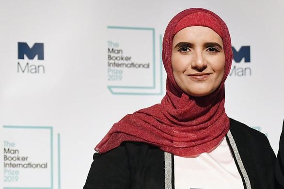 Giải thưởng Man Booker quốc tế lần đầu trao cho tác giả khối Ả Rập - Ảnh 1.