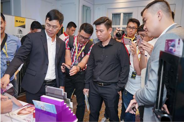 Hi-Kool Việt Nam ra mắt phim cách nhiệt UVCARE chống 100% tia UV400 - Ảnh 1.