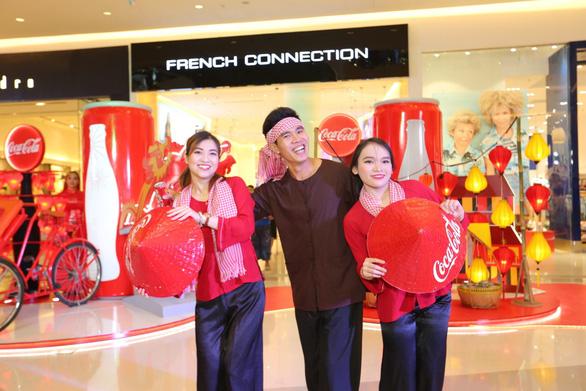 Check-in xuyên Việt trong một ngày với triển lãm nghệ thuật - Ảnh 5.