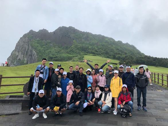 Chọn tour du lịch phù hợp với gia đình - Ảnh 1.
