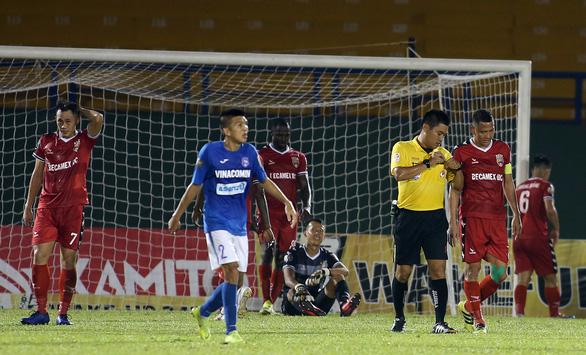 Thua Than Quảng Ninh 0-2, B.Bình Dương than do quá mệt - Ảnh 3.