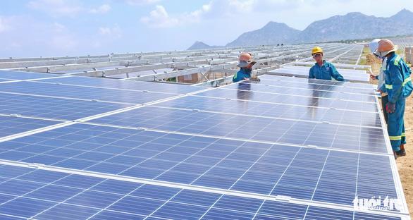 Làm sao tiêu hủy pin điện mặt trời? - Ảnh 1.