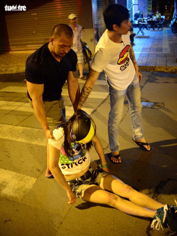 Phòng chống tác hại rượu bia: Càng bàn càng... lùi - Ảnh 4.