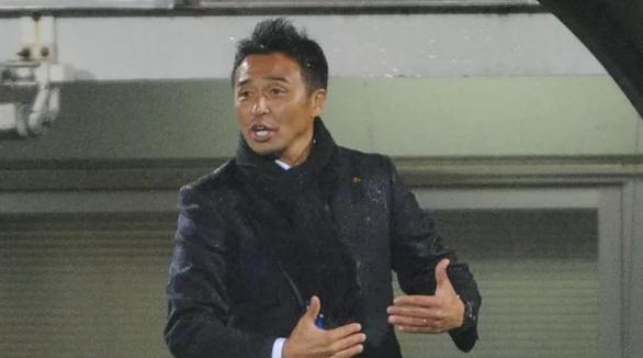 HLV thất nghiệp được chọn dẫn dắt tuyển Singapore - Ảnh 1.