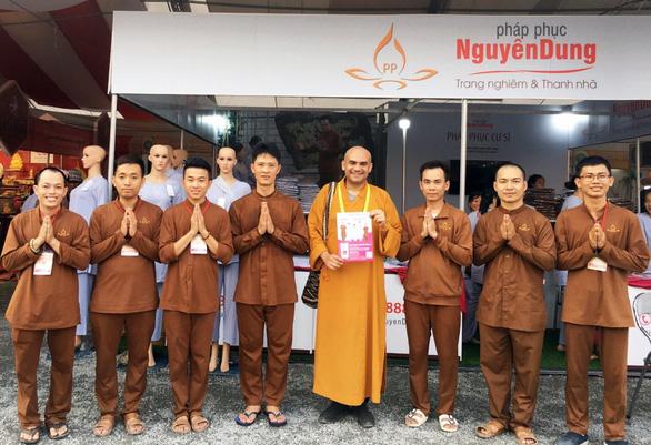 Pháp phục Nguyên Dung được đông đảo Phật tử toàn quốc đón nhận - Ảnh 1.
