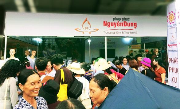 Pháp phục Nguyên Dung được đông đảo Phật tử toàn quốc đón nhận - Ảnh 4.
