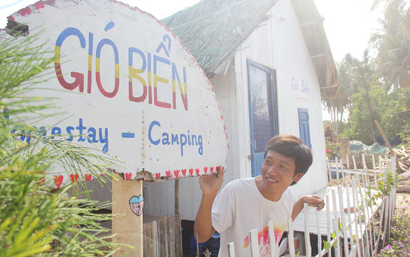 Những người trẻ ở đảo Lý Sơn - Kỳ 3: Hai chàng trai homestay ở đảo Bé - Ảnh 3.