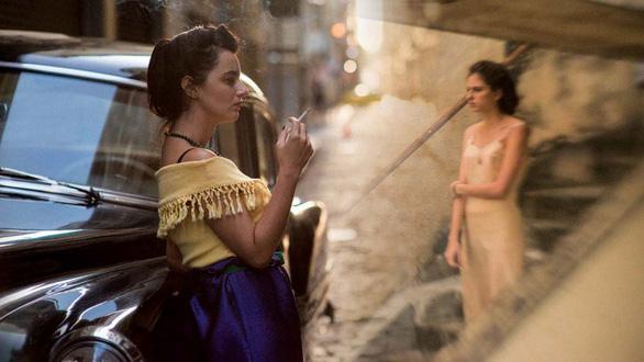 Phim về mẹ đơn thân được tôn vinh vì có góc nhìn mới lạ ở Cannes - Ảnh 1.