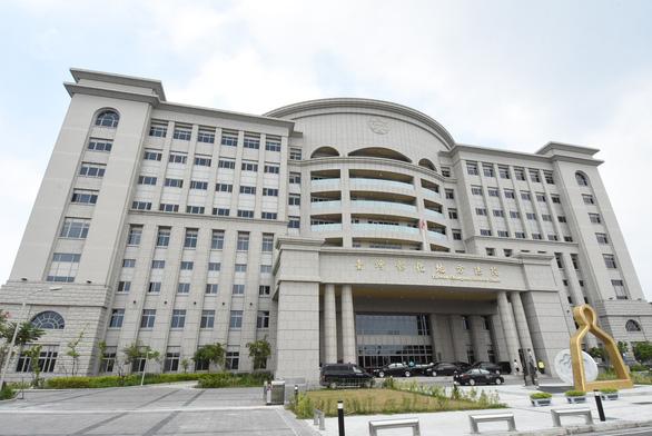 Tên cướp có vũ trang người Việt bị tuyên 11 năm tù ở Đài Loan - Ảnh 1.