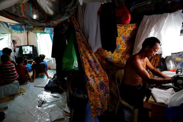 Dân Philippines cầu cứu chính quyền diệt Abu Sayyaf - Ảnh 4.