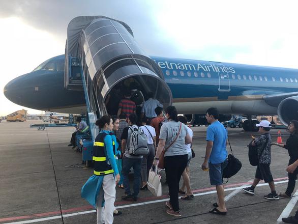 Hòa giải bất thành, tiếp viên khởi kiện Đoàn tiếp viên Vietnam Airlines - Ảnh 1.