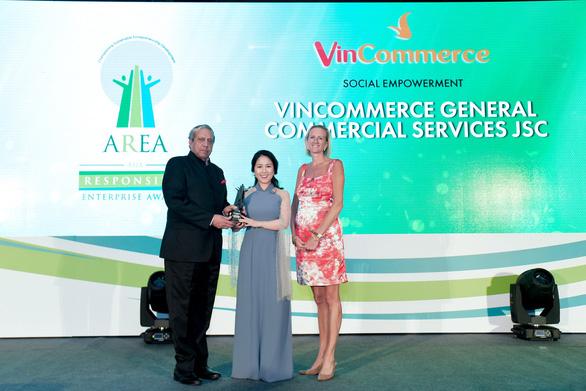 Nhà bán lẻ Việt nhận giải uy tín của châu Á - Ảnh 1.
