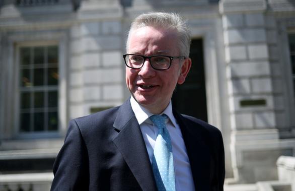 Ứng viên thủ tướng Anh chơi bạo để giữ chân dân châu Âu - Ảnh 1.