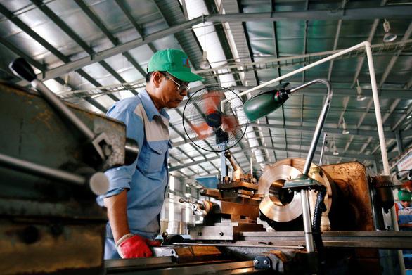 Bloomberg: Hàng Việt Nam nhập khẩu vào Mỹ tăng, có thể soán ngôi Ý, Pháp - Ảnh 1.