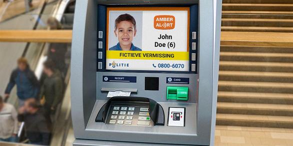 Hà Lan dùng hệ thống máy ATM đăng hình tìm trẻ lạc - Ảnh 1.