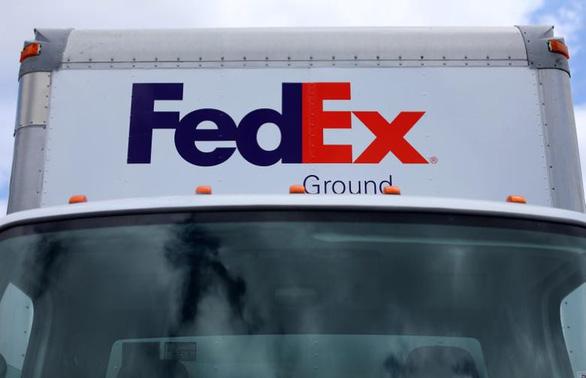 Huawei cáo buộc FedEx của Mỹ chặn bưu kiện khẩn từ Việt Nam - Ảnh 2.