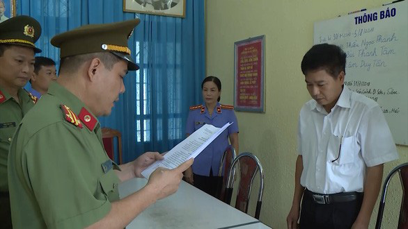 8 bị can liên quan vụ gian lận thi cử ở Sơn La bị khai trừ Đảng - Ảnh 1.