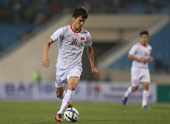 Cầu thủ Việt kiều Martin Lo lần đầu được ông Park gọi lên tuyển U23 - Ảnh 1.