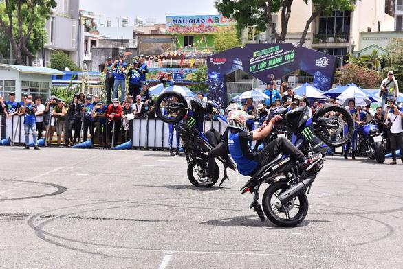 Exciter 150 phiên bản Monster Energy MotoGP: tăng tốc siêu tốc - Ảnh 2.