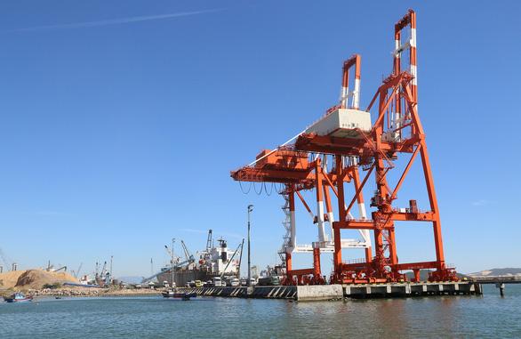 Vinalines đang làm thủ tục thu hồi 75,01% cổ phần cảng Quy Nhơn - Ảnh 1.