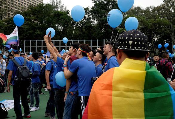 Đài Loan công nhận hôn nhân đồng giới gây lúng túng cho Trung Quốc - Ảnh 1.